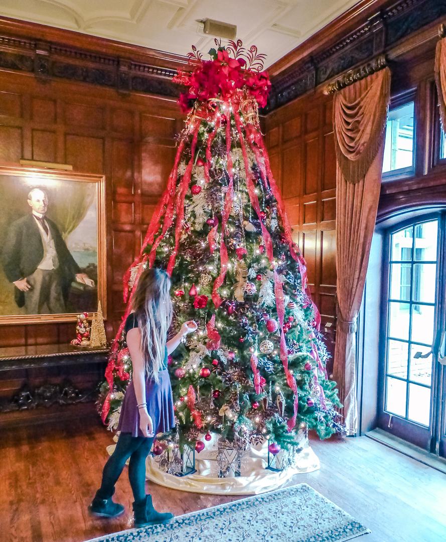 Christmas Getaway.Christmas Getaway To Windsor Essex Tourism Windsor Essex